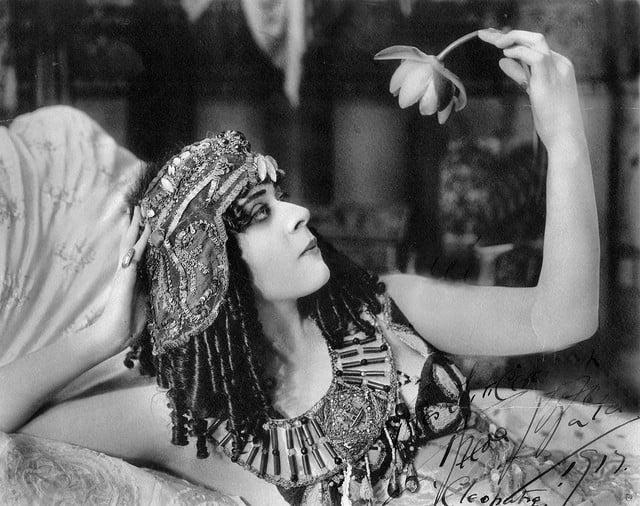 Cleopatra Erinnerungen Echtheit Reinkarnationstherapie